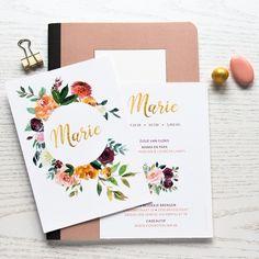 Marie is een verfijnd geboortekaartje met helder gekleurde bloemen en een toets goud. Er wordt niet gedrukt met goudfolie, wel heb je een gouden illusie door de kleuren die we kozen in het ontwerp.