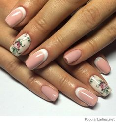 White+to+pink+manicure+with+flowers
