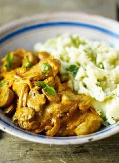 Low FODMAP & Gluten free Recipe - Pork fillet stroganoff