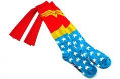 Wonder-Woman-Cape-Socks_23689-l