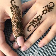 #art #artwork #mehendi #mehenditattoo #tattoos #tatts #bodyart #henna #hennawork #hennaart Finger Mehendi Designs, Finger Henna Designs, Stylish Mehndi Designs, Mehndi Designs For Girls, Mehndi Designs For Fingers, Beautiful Henna Designs, Best Mehndi Designs, Simple Mehndi Designs, Henna Tattoo Designs