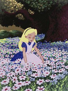 ***GIF***alice adventures in wonderland drugs -