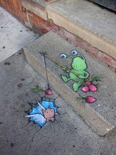 路上のチョークアート