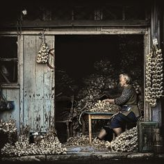 The Garlic Maker, Athens, Greece
