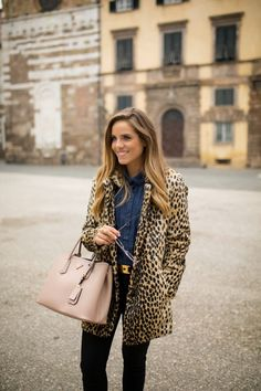 Awear Coat / Tuscany Travel