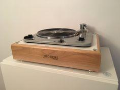 Platine vinyle Thorens td 135, design nantes audio pasdeloup