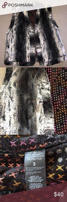 Custo Barcelona Vest Custo Barcelona Vest 86% Polyester 14% Wool Custo Barcelona Jackets & Coats Vests
