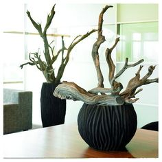 contemporary arrangement | ribbed sculptural bowl with driftwood || Ascot Bowl Black