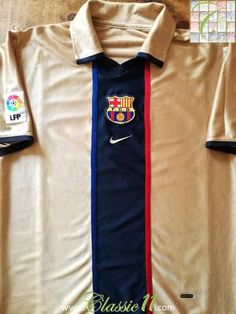 Official Nike Barcelona away football shirt from the 2001/2002 season. Complete with La Liga patch on the arm.