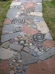 Garden Steps, Diy Garden, Garden Paths, Garden Projects, Walkway Garden, Outdoor Projects, Rocks Garden, Garden Bed, Rock Walkway