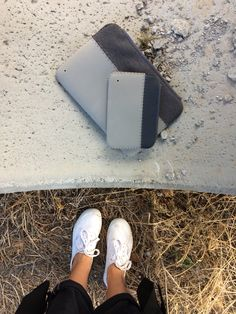 the grey couple, with sleeve off-road Macbook Sleeve, Ipad Sleeve, Macbook Case, Unique Colors, Cases, Couple, Grey, Sneakers, Sleeves