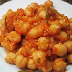 Chickpeas with herbs and tomato sauce - Revithada or Ρεβιθάδα Κύθνου