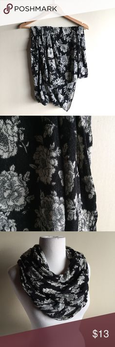 Brandy Melville knit floral scarf in black & cream Brandy Melville knit infinity scarf. Black and off white floral print. Great condition! Brandy Melville Accessories Scarves & Wraps