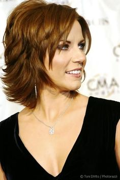 Martina McBride in Fun Casually Elegant Short Layered Hairstyle - Beautiful Hairstyles