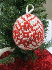 Ravelry: Christmas ball - Star of Bethlehem pattern by Mary Ann Stephens Christmas Balls, Xmas, Christmas Ornaments, Christmas Star, Star Of Bethlehem, Dk Weight Yarn, Christmas Knitting, Free Pattern, Holiday Decor