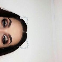 glamour angel ♡ uploaded by jes. on We Heart It I Love Makeup, Kiss Makeup, Pretty Makeup, Face Makeup, Eye Makeup Tips, Makeup Goals, Beauty Makeup, Hair Beauty, Look At My