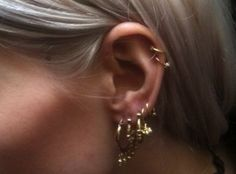 All about the ears... #earrings #goldhoops #modelstyle