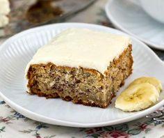 Banánovo kokosový koláč.  RECEPT:www.mnamkyrecepty.sk/recipe/bananovo-kokosovy-kolac/