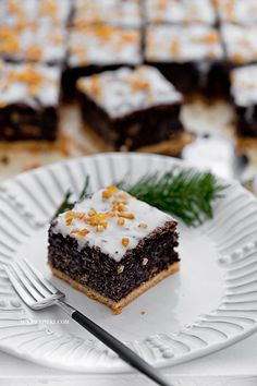Poppy seed cake on a crispy bottom Sweet Recipes, Cake Recipes, Dessert Recipes, Christmas Desserts, Christmas Baking, Muffins Frosting, Cake Slicer, Cake & Co, Cupcakes