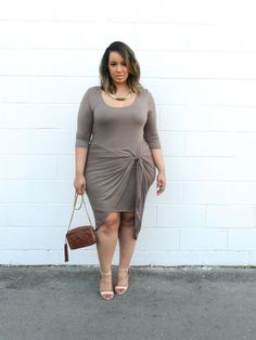Love this dress for work or play. Gorgeous. | Plus Size Fashion | beauticurve