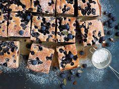 Helppo mustikkapiirakka | Leivonnaiset | Yhteishyvä Sweet Recipes, Recipies, Deserts, Bread, Baking, Holiday, Food, Drinks, Recipes