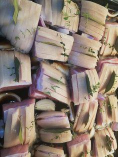 Ølmarinerede flæskestegs stykker – Mad med Winnie Cooking Recipes, Healthy Recipes, Tapas, Pork, Dinner, Ethnic Recipes, Lasagna, Kale Stir Fry, Dining