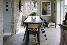 love the narrow table