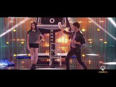 El Mago Pop sorprende a los invitados de la Gala 25 años emocionando - YouTube
