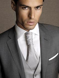 Dot-effect glossy wool/silk suit