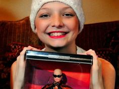 Η ΔΙΑΔΡΟΜΗ ®: Η Μπάρμπι κάνει χημειοθεραπείες