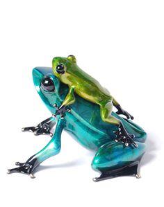 Tim Cotterill's bronze frog sculptures - gorgeous craftsmanship.