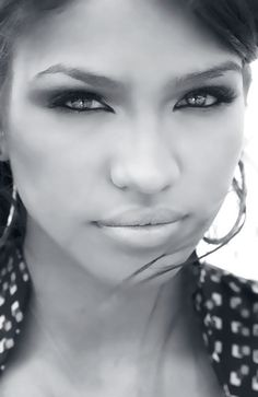 Cassie, if looks could kill, I'd be dead lol