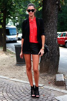 Red and Black, Suit Short    White Page Style: http://whitepagestyle.blogspot.com/