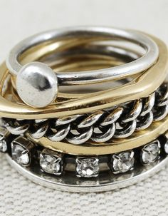 The  ring has a curved line because  it is a cercal.