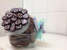 vaso per biscotti con decorazione di pan di stelle in fimo