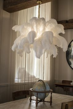 The Ostrich Feather Chandelier from A Modern Grand Tour takes centre stage in any luxury setting, giving a soft finish to your interior. Chandelier Floor Lamp, Diy Floor Lamp, Luxury Chandelier, Chandelier In Living Room, Luxury Lighting, Chandelier Ideas, Chandeliers, Luxury Interior, Homemade Home Decor