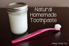 Make your own toothpaste with 4 ingredients! (Free from SLS, glycerin, and fluoride.)