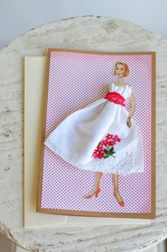簡単にできちゃう!第3弾 ハンカチがドレスに変身 素敵なギフトカードの作り方 - Spotlight (スポットライト)