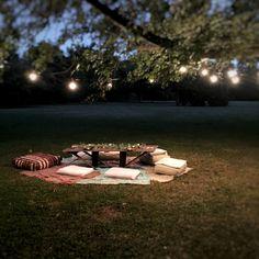 Mesa Hippie Chic - The Experimess Estilo Hippie Chic, Hippy Chic, Estilo Boho, Picnic Blanket, Outdoor Blanket, Deco, Party Ideas, Blog, Bohemian Look