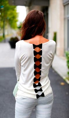 Cute white shirt with small black back bows fashio
