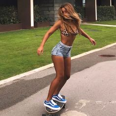 New Ideas for style feminino skatista Girl Outfits, Summer Outfits, Cute Outfits, Trendy Outfits, Fashion Outfits, Surfergirl Style, Skate Girl, Jolie Lingerie, Skateboard Girl