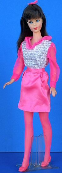 Barbie Movie Groovie #1806 (1969)  This was one of my favorite Barbie outfits!