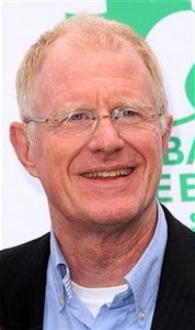ED BEGLEY JR. Actor Ed Begley, Jr. has been a proclaimed vegan since 1992, citing his personal health and the health the planet as his reasoning.