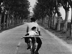 "Al CAOS di Terni la mostra fotografica ""Elliott Erwitt ICONS"" dedicata al grande artista americano"