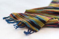 Mini sciarpa in bambù multicolore arcobaleno di TheWovenSheep, €20.00