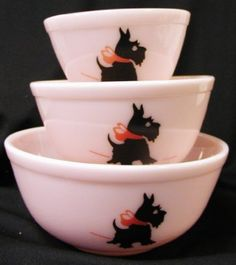 Pink Milk Glass Mixing Nest Bowls W/red Bow Scottie Dogs