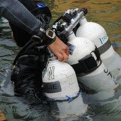 Scuba Diver Girls & Suunto Dive Team diving Finland's Ojamo Mine!