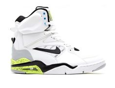 NIKE AIR COMMAND FORCE RETRO 2014 WHITE VOLT BLACK VIVID BLUE 1 540x413