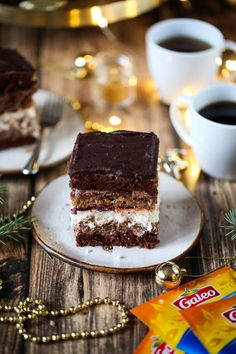 Świąteczne przepisy Tiramisu, Dessert Recipes, Ethnic Recipes, Food, Essen, Meals, Tiramisu Cake, Desert Recipes, Yemek