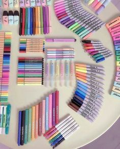 stationery💗 shared by sof✨//σοφία on We Heart It stationery💗 shared by sof✨//σοφία on We Heart It Always aspired to learn to knit, n. School Suplies, Stationary Store, Cute School Supplies, Cute Stationary School Supplies, Stationary Organization, School Stationery, School Organization, Organizing, Art Supplies